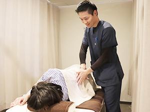 マタニティ整体・産後骨盤矯正施術写真